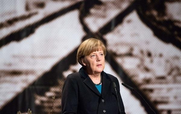 ანგელა მერკელი აცხადებს, რომ ნაცისტური გერმანიის მიერ ჩადენილი დანაშაულებების გამო რცხვენია