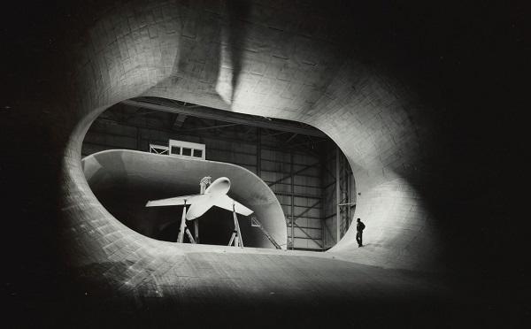 კოსმოსის ხელოვნება - ნასას პირველი ფოტოგრაფის საუკეთესო ნამუშევრები Sotheby's აუქციონზე